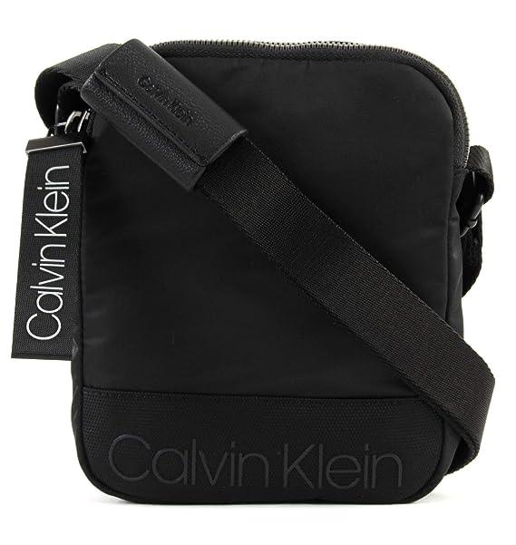 Calvin Klein K50K503904 TRACOLLA Uomo NERO GENERICA  Amazon.it  Scarpe e  borse 432342784e1