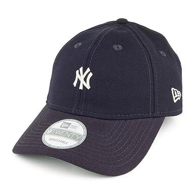 ed091fb1322 New Era 9twenty Vintage Classic NY New York Yankees Unstructured 920 Hat Cap   Amazon.co.uk  Clothing