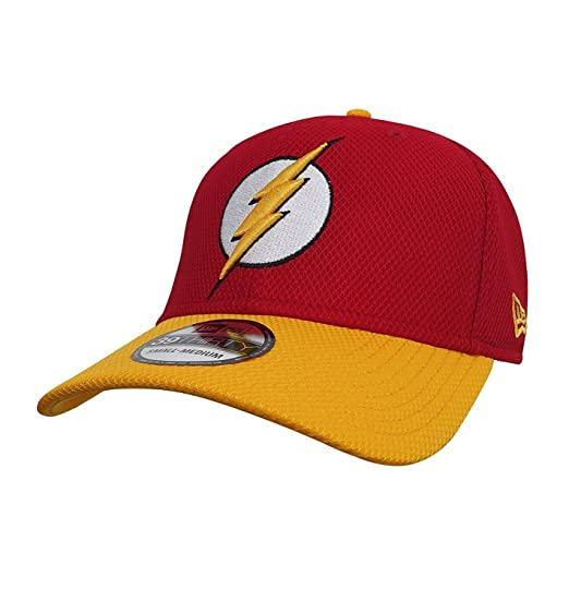 DC Comics Flash Logo Red and Yellow 39Thirty Baseball Cap at Amazon ... aa49338ad5c6