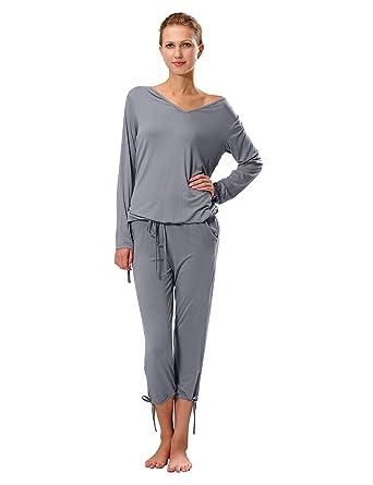 info for 4258e bef9b Raikou Schlafanzug Damen Pyjama mit V-Ausschnitt Hausanzug Freizeitanzug  aus Viskose bequem komfortable Nachtwäsche Langärmlig Zweiteilig Jacke und  ...