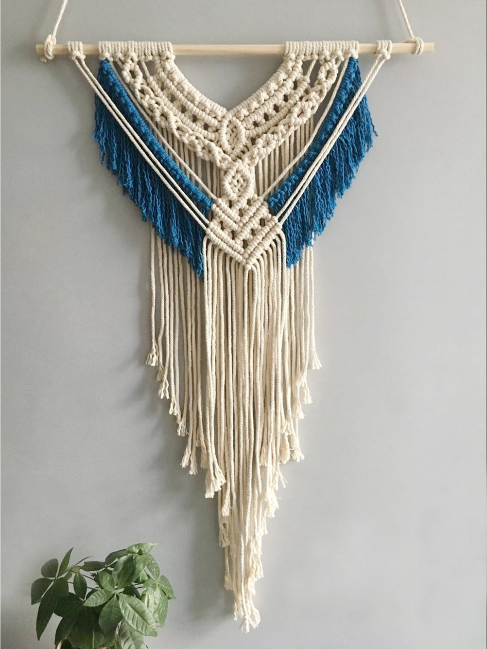 Youngeast 100% Handmade Boho Macrame Wall Hanging Home Décor,Blue