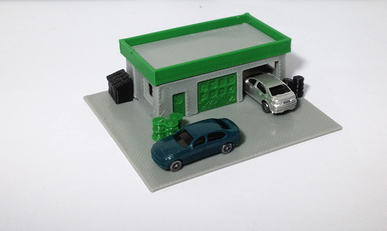 Outland Models Train Railway Layout Auto Service Shop / Station w 2 Cars Z  Scale