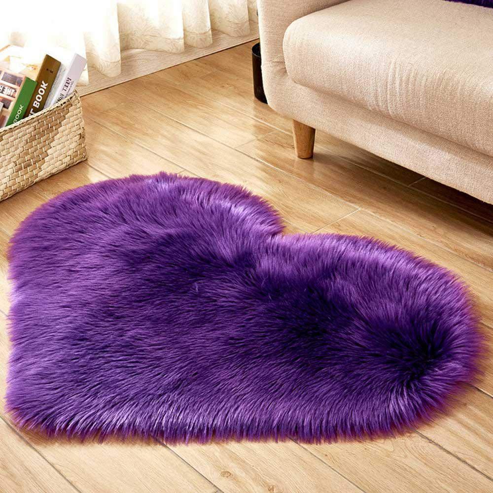 AOLVO Heart Carpet Microfiber Soft Fluffy Rug Heart Shaped Decoration Rug Area Rug Kitchen Rug Pet Rug Door Mat for Living Room Bathroom Bedroom Kitchen