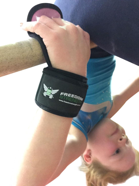 Freedomstrength - Protectores de gimnasia para la palma de la mano con correa acolchada para la muñeca, con velcro Freedom Strength