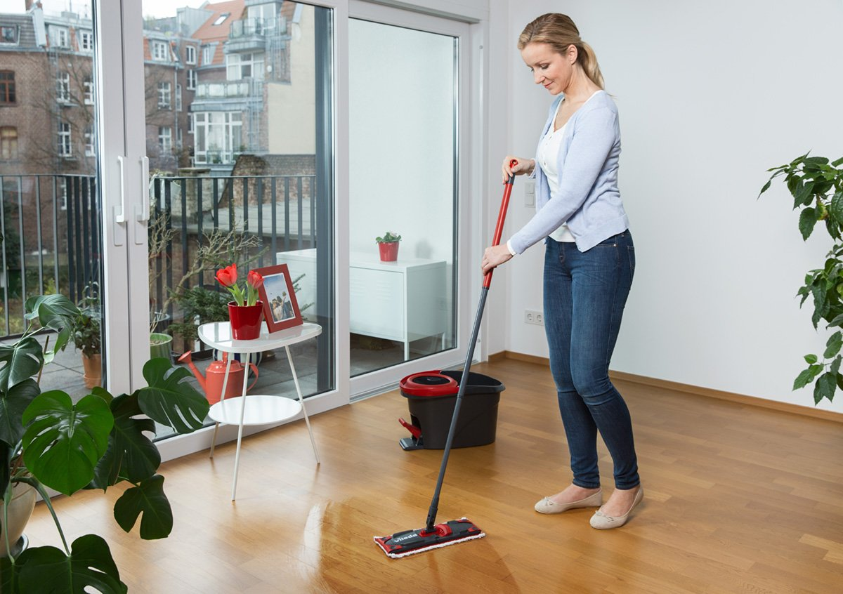 Vileda Easy Wring Ultramat Flat Mop And Bucket With Power