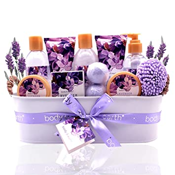 Bath Spa Gift Basket Body u0026 Earth Bath Gift Set 12 Pcs Lavender Scented  sc 1 st  Amazon.com & Amazon.com : Bath Spa Gift Basket Body u0026 Earth Bath Gift Set 12 Pcs ...