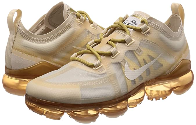 best loved 50718 b1ada Amazon.com   Nike Women s Air Vapormax 2019 Leather Casual Shoes   Road  Running