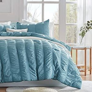 SLEEP ZONE All Season Seersucker Comforter Set Luxury Down Alternative Lightweight Easy-wash Fluffy Soft Microfiber Duvet Insert 3-Pieces (Cameo Blue, Full/Queen)