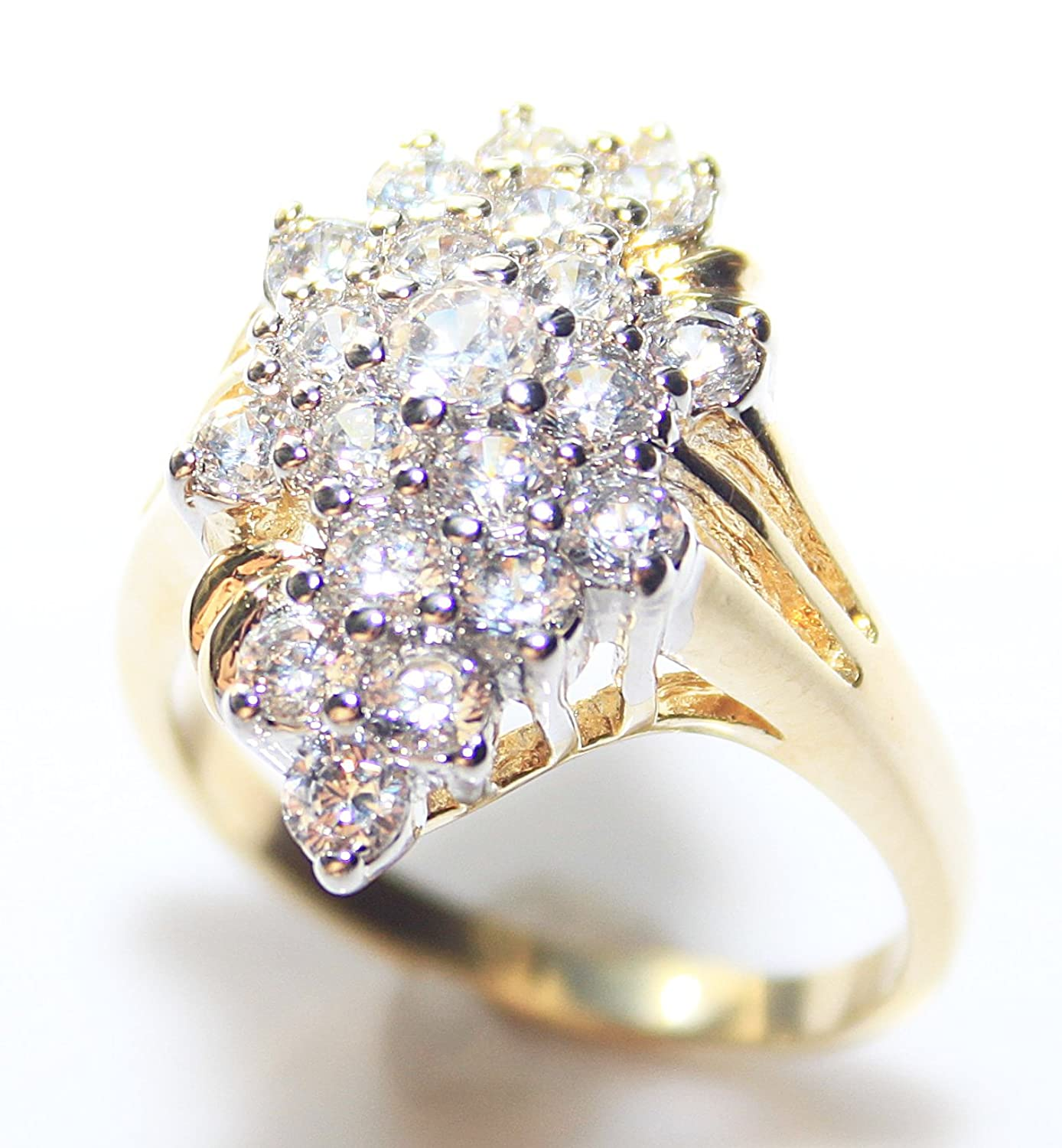 Ah! Jewellery Gorgeous And Glamorous! 0.40ct Two Tone Lab Created Diamonds Ring. 3.75mm Centre Stone. 3.5gr Total Weight. Fantastic Quality. BxCx6