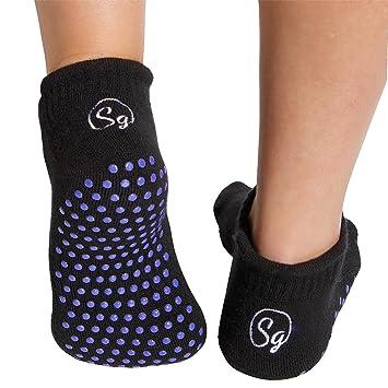 Amazon.com: Paquete de 2 calcetines de bambú antideslizantes ...