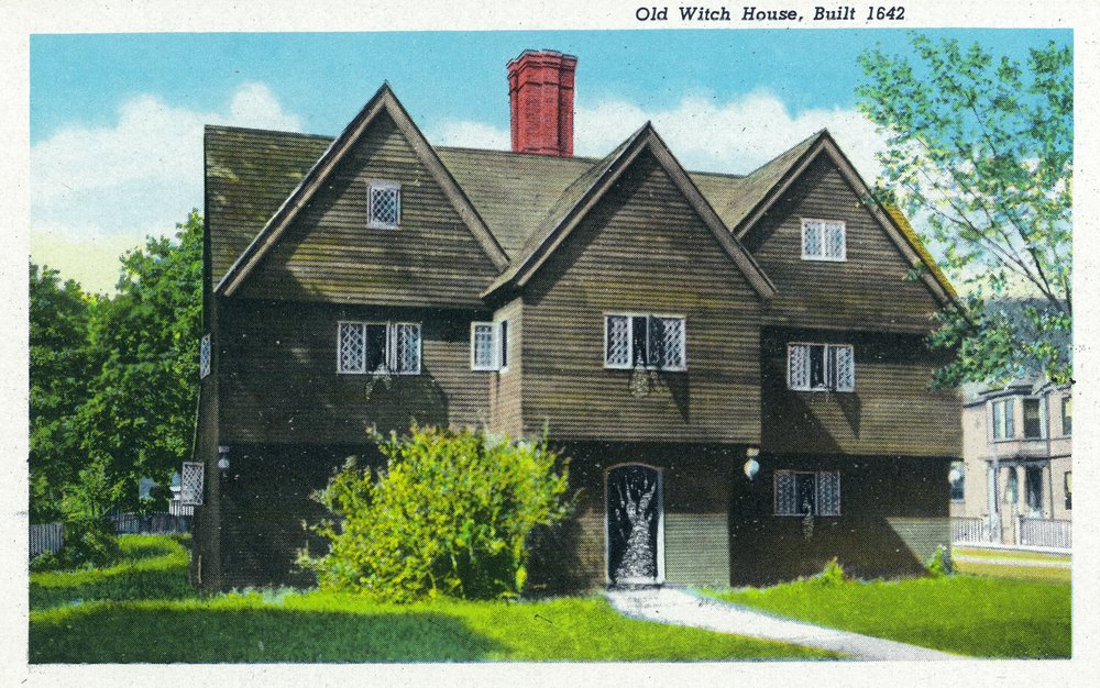 Salem, Massachusetts - Exterior View of the Old Witch House, built in 1642 - Vintage Halftone (12x18 Fine Art Print, Home Wall Decor Artwork Poster)