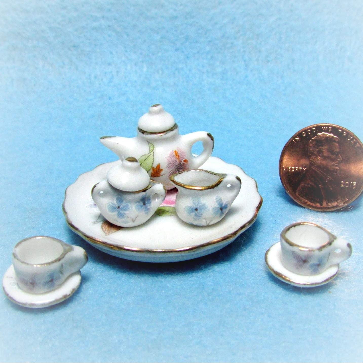 Set of 4 Blue Pots with Saucer Dollhouse Miniatures Supply Garden Outdoor