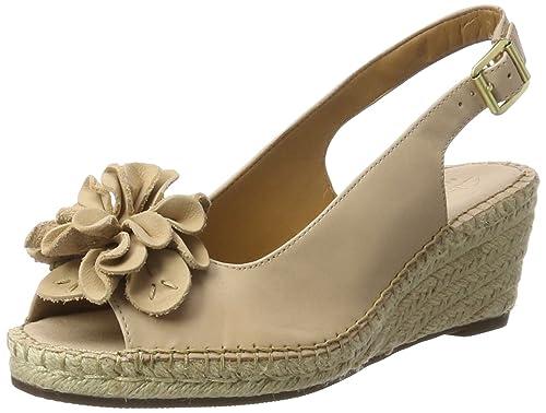 18458c57416a Clarks Petrina Bianca Sandals Nude Leather  Amazon.ca  Shoes   Handbags