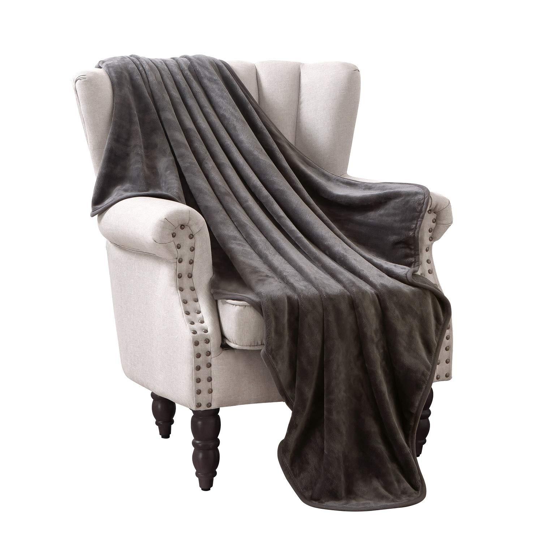 "Exclusivo Mezcla Luxury Flannel Velvet Plush Throw Blanket – 50"" x 70"" (Grey)"