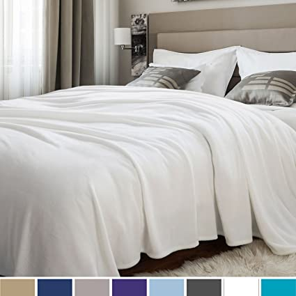 Bedsure Flannel Blankets Bedspread Queen Size Ivory - Luxury Large Bed  Fleece Blankets Super Soft Fluffy Warm Microfiber Solid Blanket 230x230cm   ... e98f9c5c5