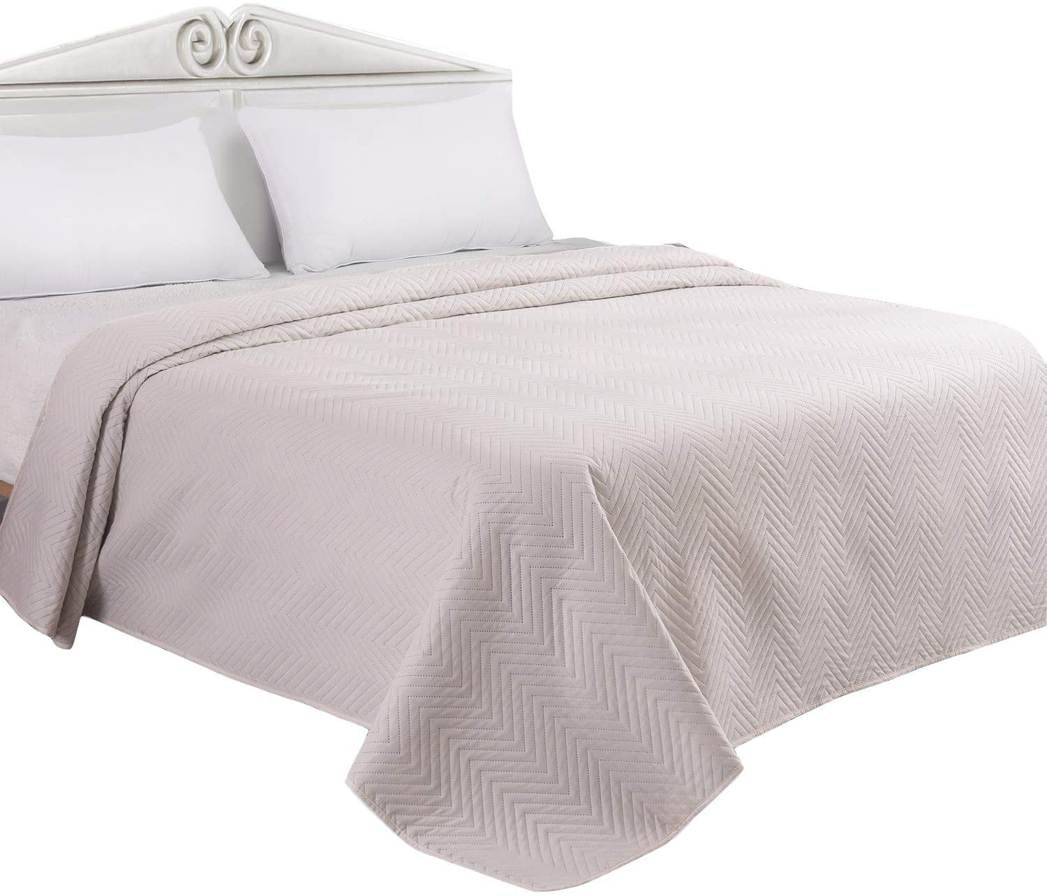 LITHER Bedspreads Queen Size Lightweight Oversized Quilt, Coverlet Waved Pattern Solid Color, Machine Washable, Ivory, 86x96inch