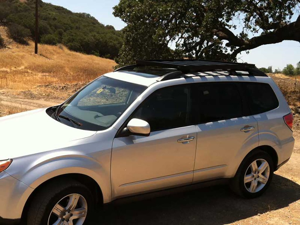 Amazon.com: Subaru Forester Roof Rack / Full Size Aluminum Off Road  Slimline II Cargo Carrier   By Front Runner: Automotive