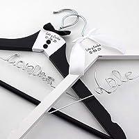 Pack de 2 perchas personalizadas para novios, perchas de madera para bodas, regalo de bodas para novios, perchas…