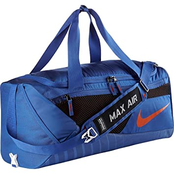 Amazon.com   Nike Florida Gator Vapor Max Air Duffel Bag   Sports Duffels 4329124382