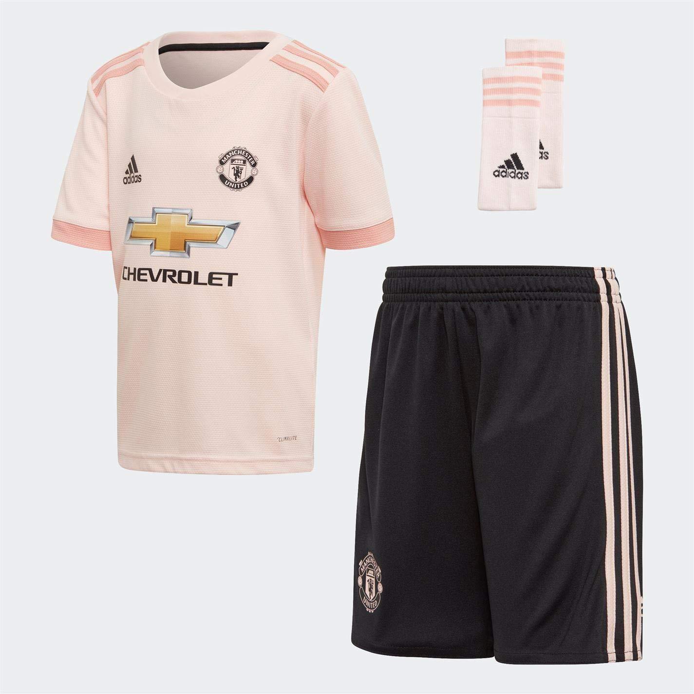 Amazon.com   adidas 2018-2019 Man Utd Away Little Boys Mini Kit   Sports    Outdoors 40ffe7783fd69