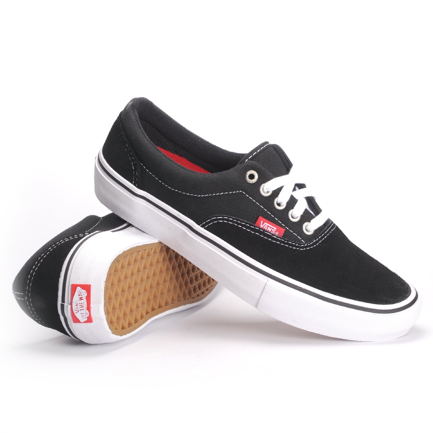 f08d84c574 Vans Old Skool Unisex Black White Sneaker (10)  Buy Online at Low Prices in  India - Amazon.in