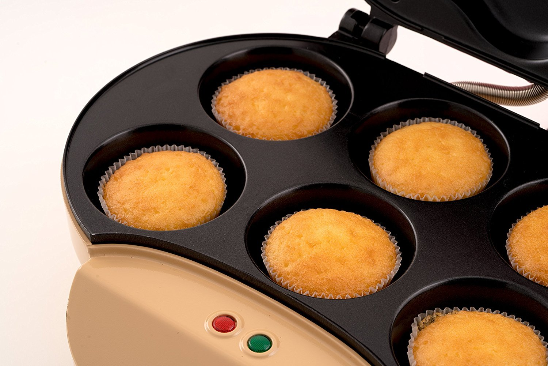 Large Cupcake Maker - Creates 6 Cupcakes in Minutes - Cupcake Machine:  Amazon.co.uk: Kitchen & Home