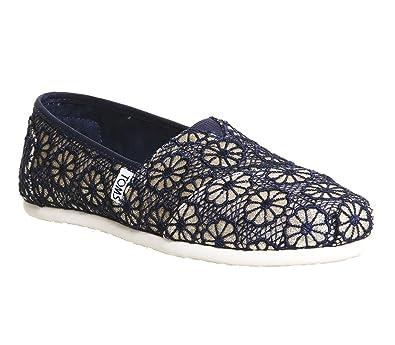 2a7c7d3b68a9 Amazon.com | TOMS Women's Crochet Classic Slip-on (35-36 EUR/ 5 B(M), Gold  Navy) | Flats
