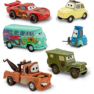 Disney Pixar Cars - Lightning McQueen Pit Crew - 6 Figure Play Set - In Display Box: Toys & Games