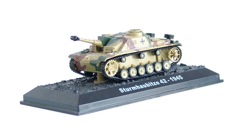 Sturmhaubitze 42 -1945 diecast 1:72 model (Amercom BG-13)