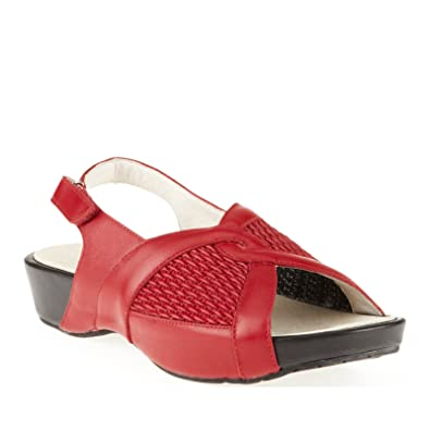 Propet Womens MADELINE Comfort Casual Cushion Sandals in Chili Red Size 5  B(M)