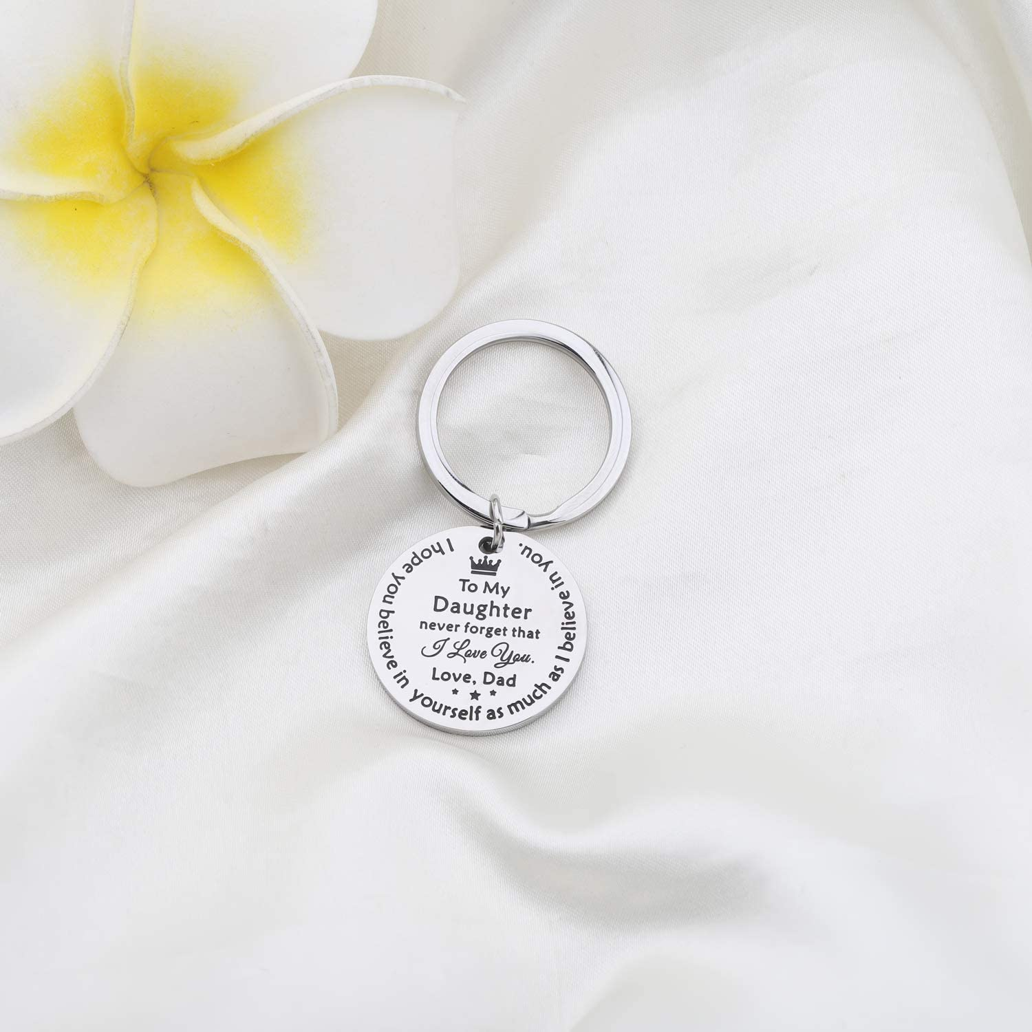 Believe in Yourself Gzrlyf to My Daughter Keychain Never Forget That I Love You Inspirational Gifts for Daughter from Dad
