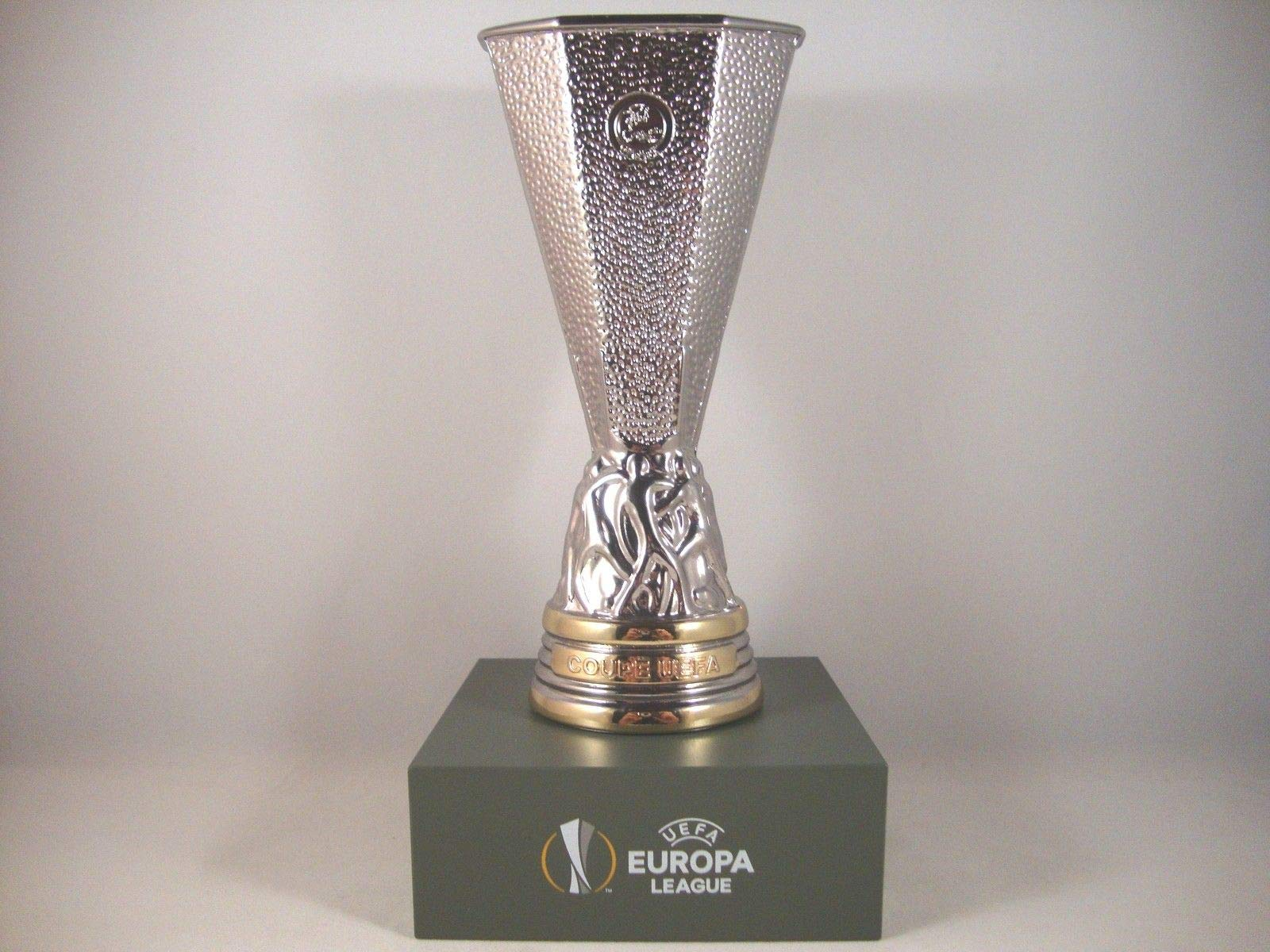 Download Uefa Europa League Trophy