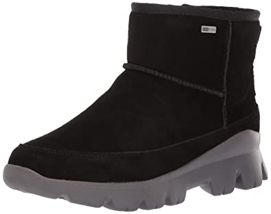 909286b731d UGG Women's W Palomar Sneaker Fashion Boot