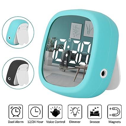 Shayson Reloj Despertador Viaje Digital Portatil, Despertador Electrónico LED con 2 Alarma/Función Snooze/imán/Control de Voz/Ajuste Manual de Brillo ...