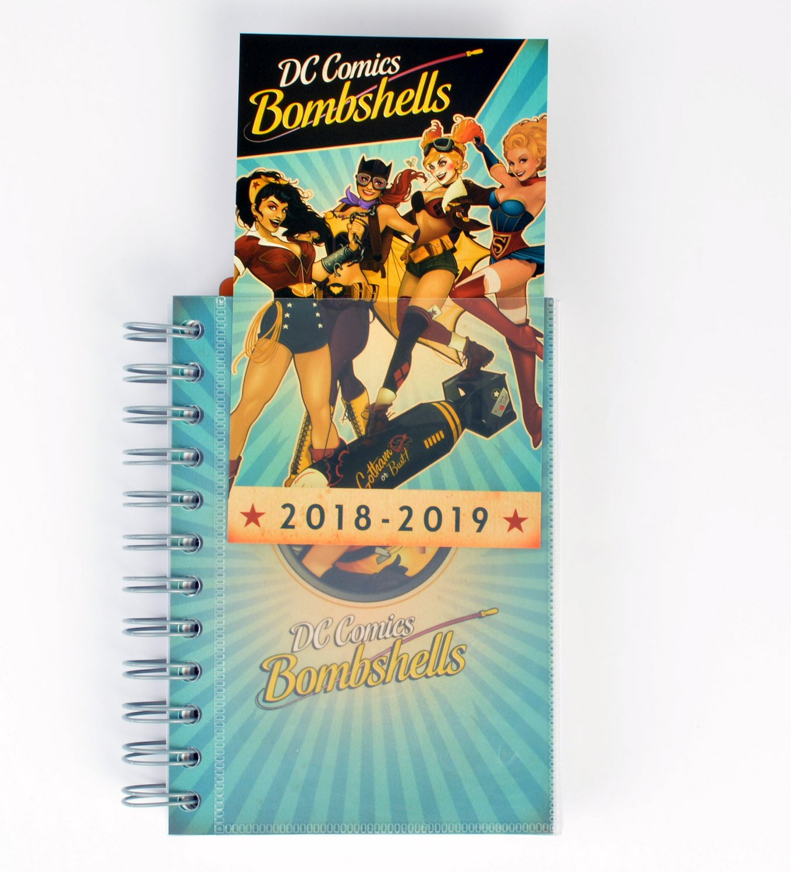Grupo Erik Editores DC Comics- Agenda escolar 2018-2019 día página multilingüe, 11.4 x 16 cm
