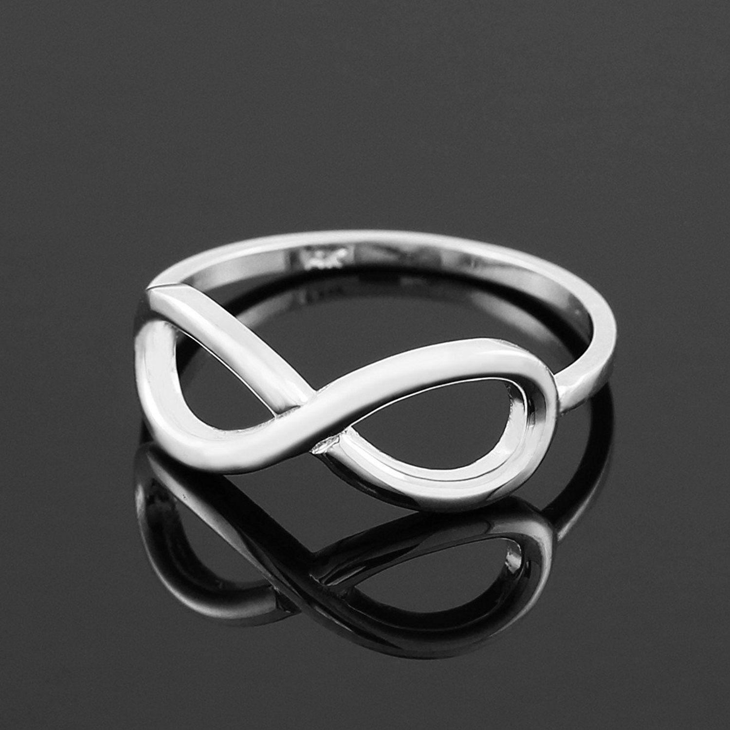 Polished 10k White Gold Infinity Ring (6.5)