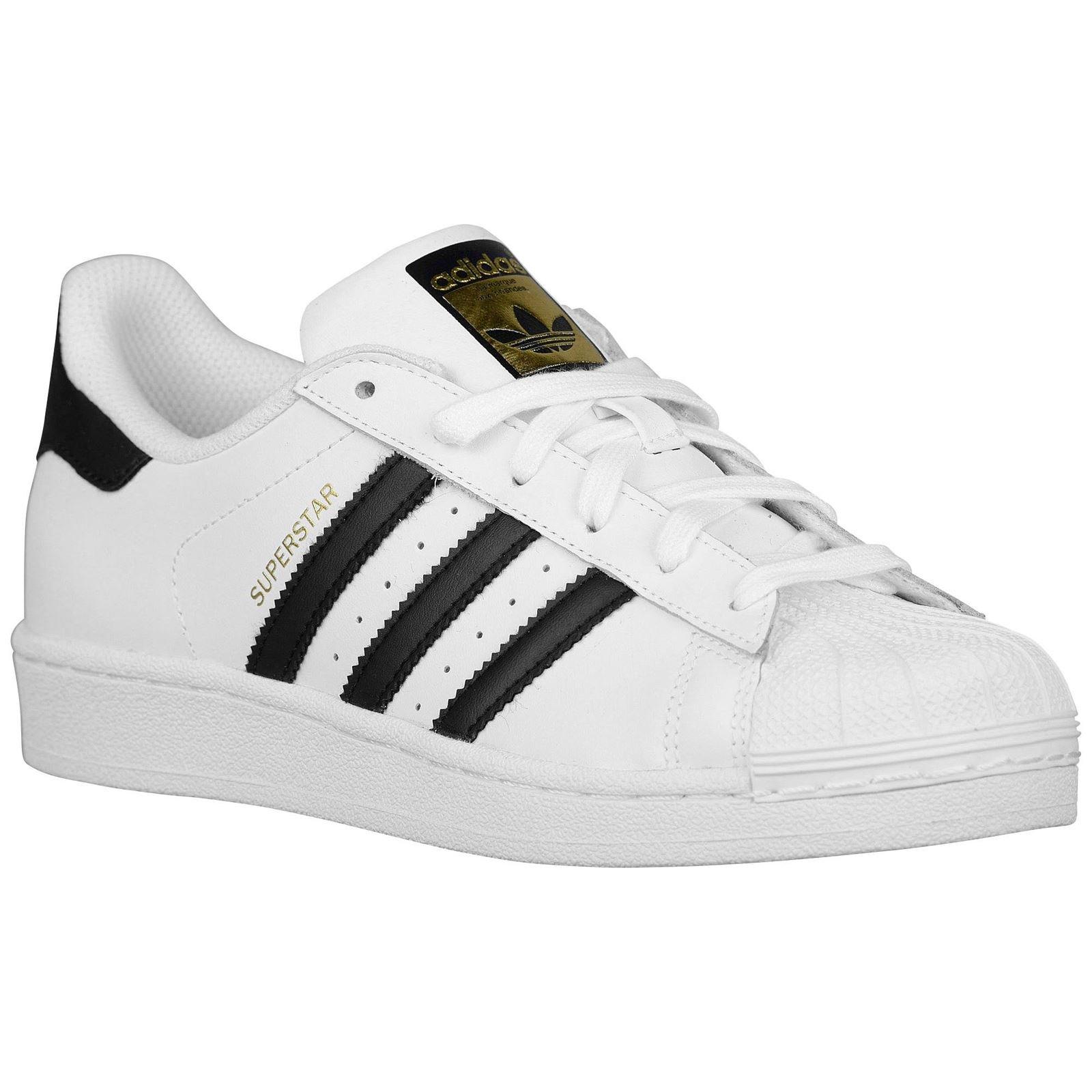adidas Originals Women's Superstar W Fashion Sneaker, White/Black/White, 5 M US
