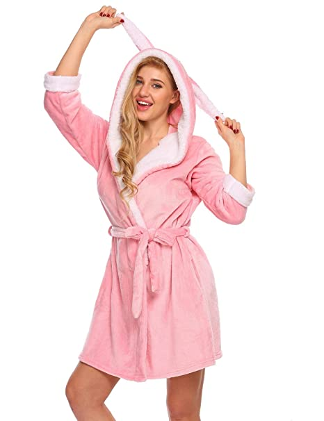 0ea3a9cdf1 Ekouaer Women s Short Fleece Microfiber Robe Hooded Wrap Plus Size (Pink ...