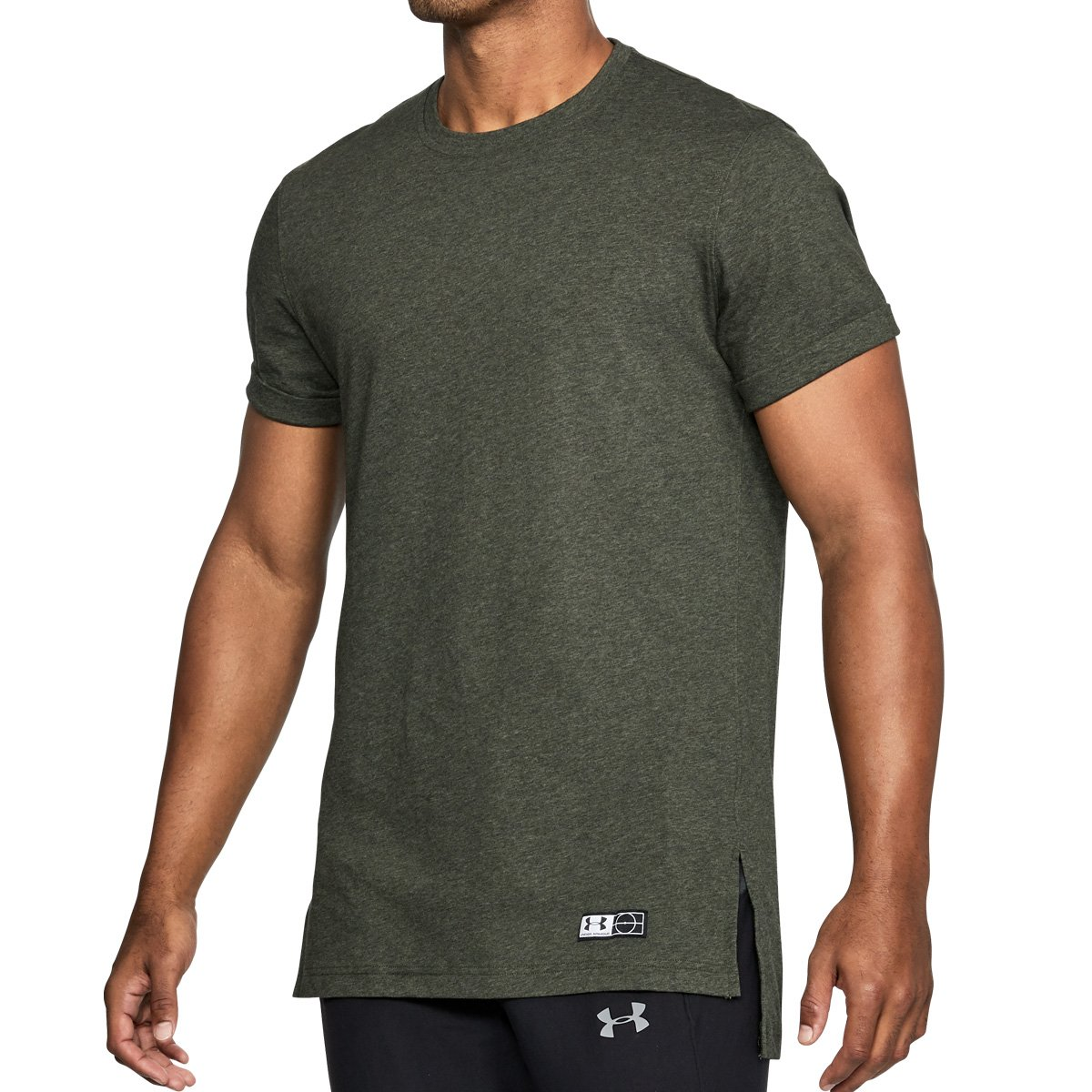 bef126e8e Under Armour Men Accelerate Off-Pitch T-Shirt: Amazon.co.uk: Clothing