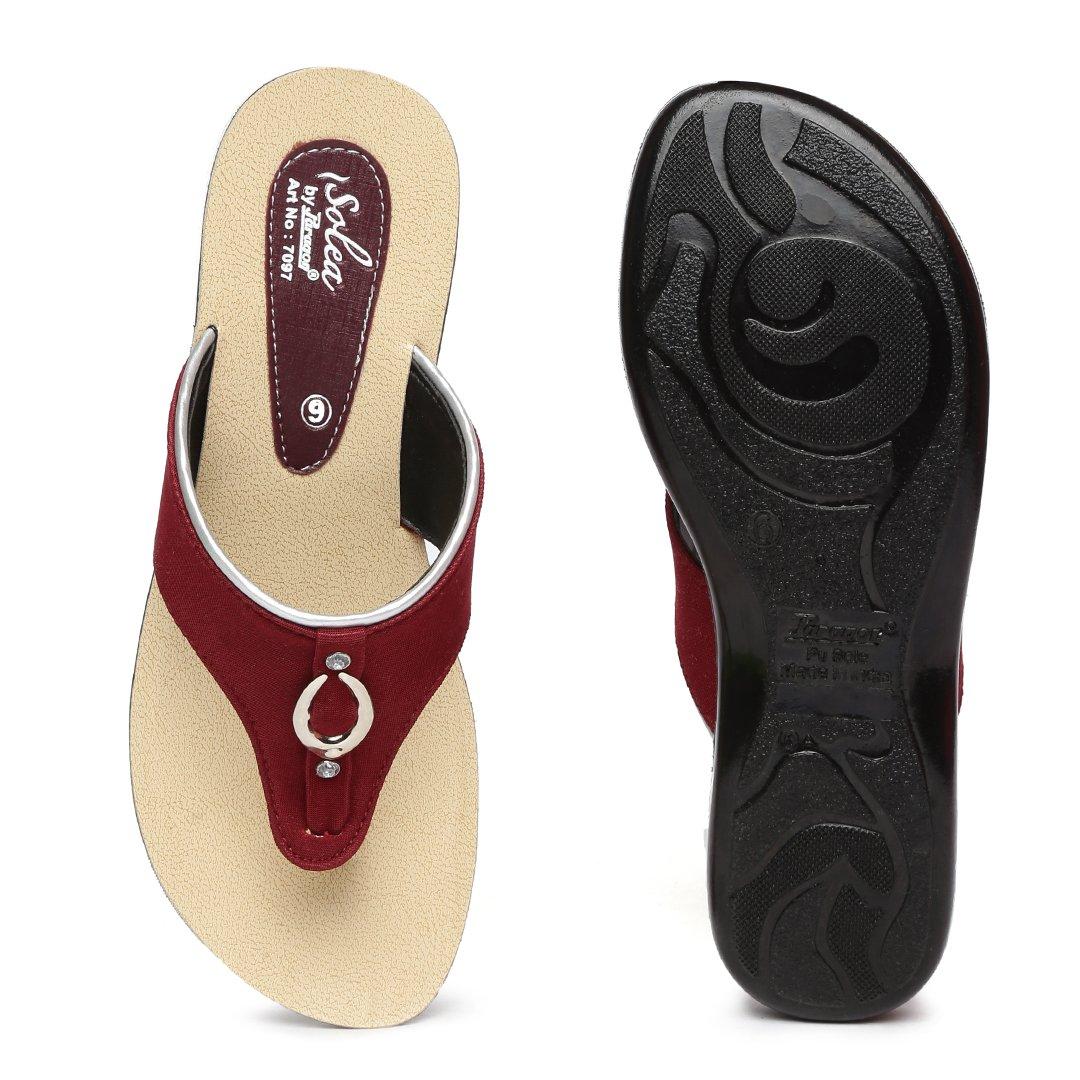 9901a06e31eec7 PARAGON SOLEA Women's Maroon Flip-Flops: Buy Online at Low Prices in India  - Amazon.in