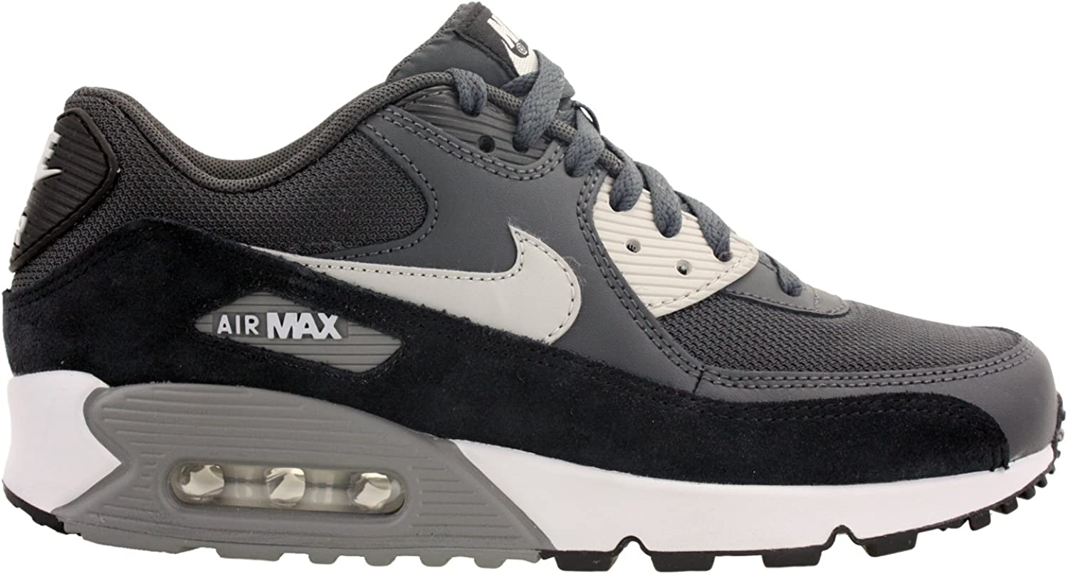 90 essential air max