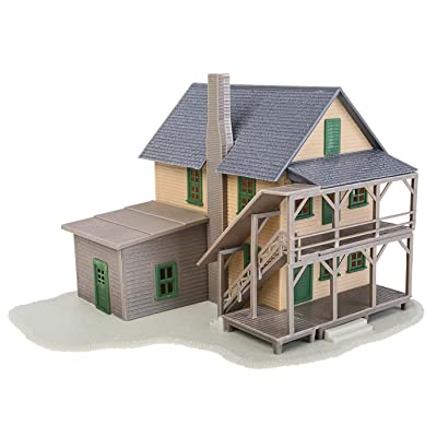 Walthers Trainline HO Scale Model Rooming House Kit: Toys & Games