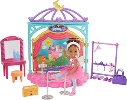 Amazon Com Barbie Club Chelsea Doll And Ballet Playset 6 Inch Brunette With Transforming Stage Accessories Including Ballet Barre Fashion And Accessories Gift For 3 To 7 Year Olds Toys Games