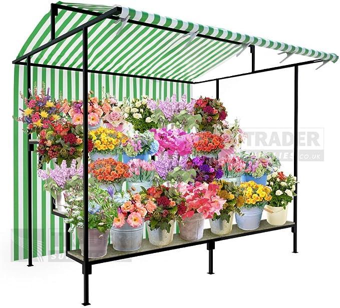 Escalonado puesto de mercado de flores todos los colores y tamaños ...
