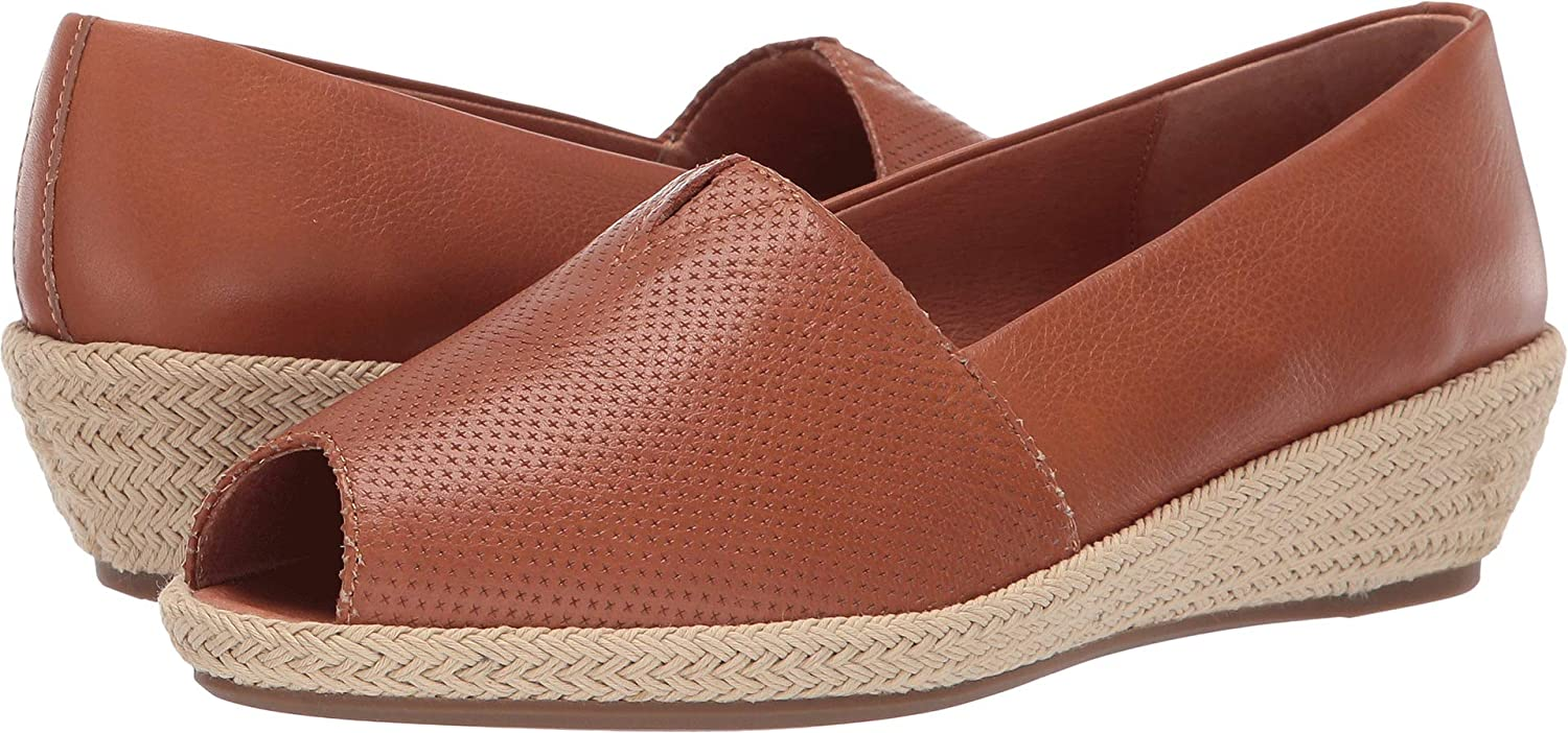 Amazon.com | Gentle Souls by Kenneth Cole Womens Luci A-Line 2 | Shoes