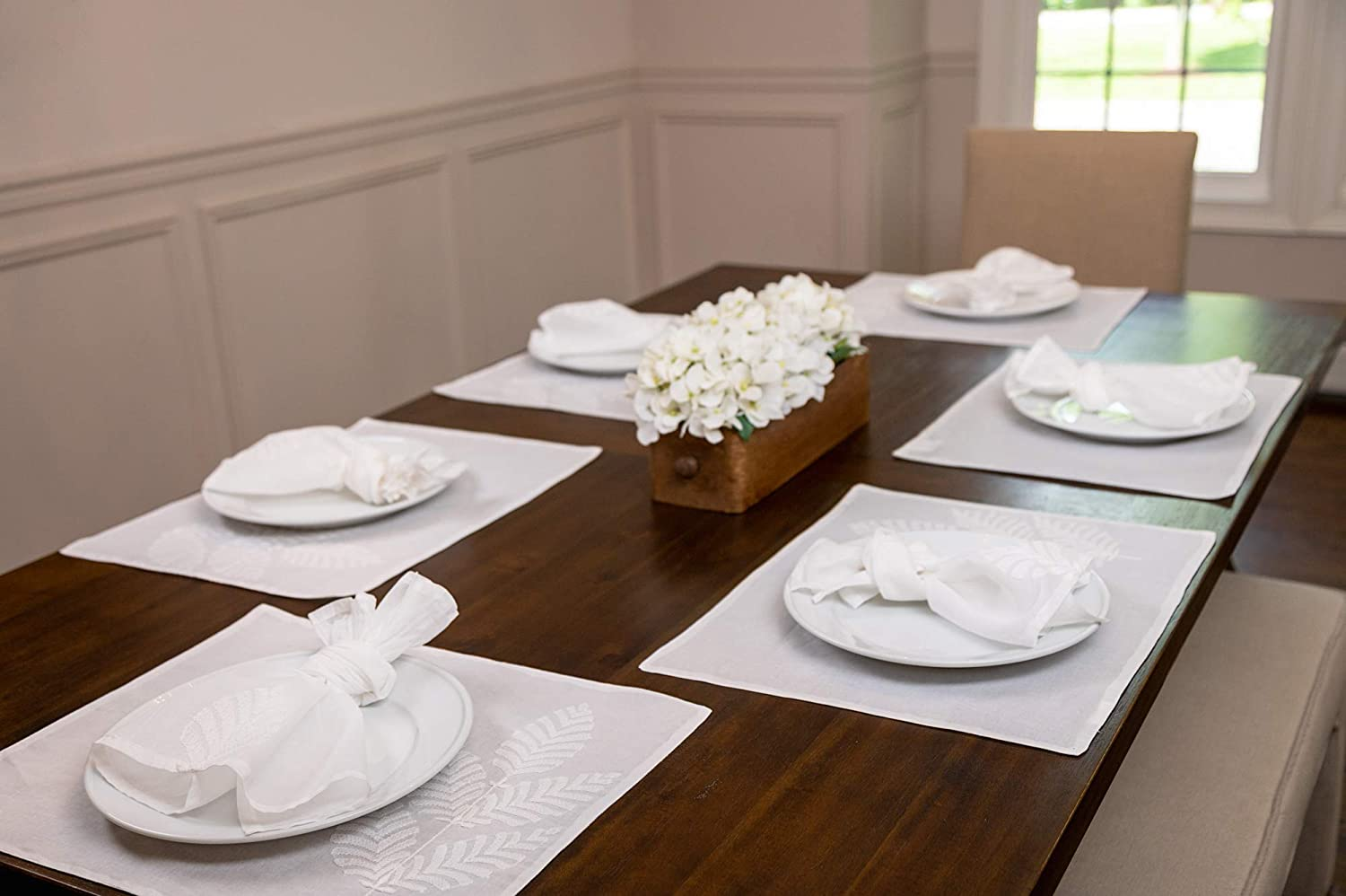"""POPULAR LIFE HOME Aura Hand Embroidered Side Leaf Cotton Placemat   Embroidered Table Linen, Handmade Dining Table Decoration, White, 15 x 19""""(Set of 6)"""