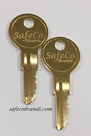 B+W Defender Gooseneck Locking Coupler Keys 501-700 2-Keys SafeCo Brands