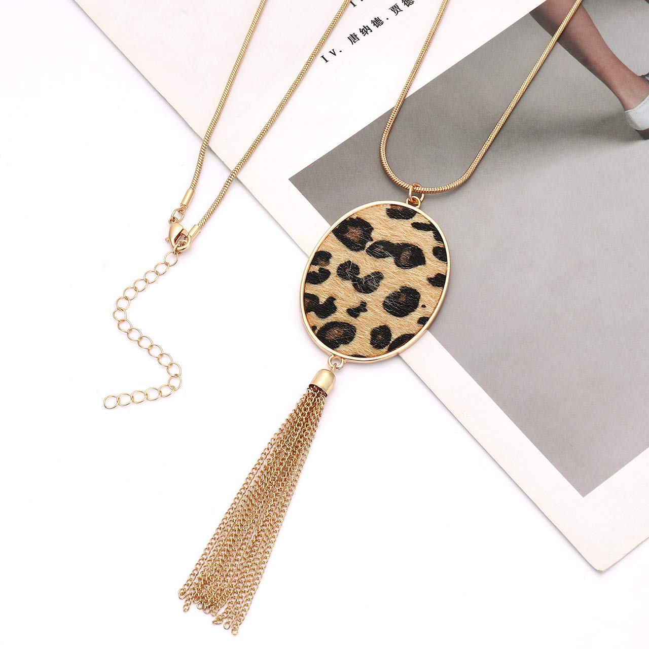 Long Necklaces for Women Statement Leopard Snakeskin Fur Pattern Necklace Oval Leather Pendant Necklaces Jewelry