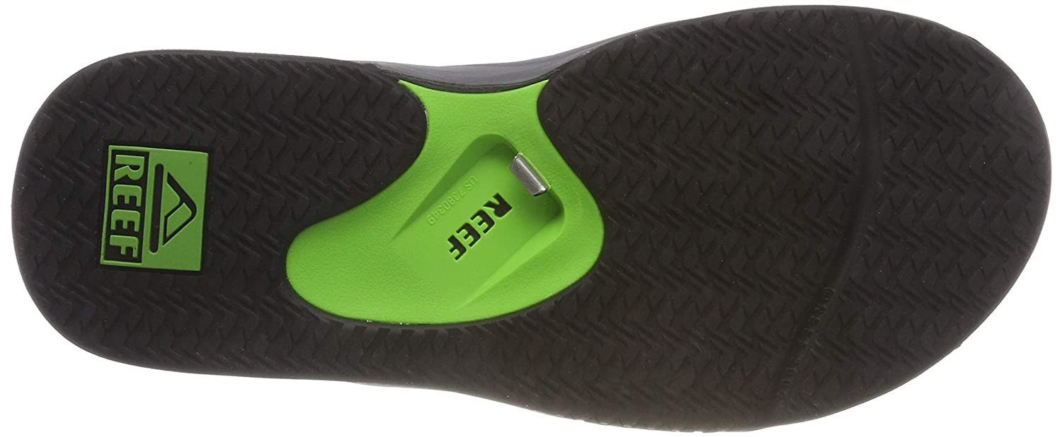 dfcf831add88 Amazon.com  Reef Men s Fanning Prints Speed Logo Flip-Flop  Shoes