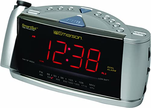 Emerson CKS3528 SmartSet Projection Clock Radio with Dual Alarms Silver Discontinued by Manufacturer